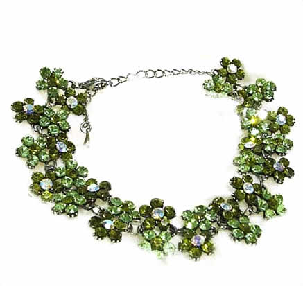 #NL115 - Sparkling Green Crystal Daisy Necklace